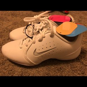 Nike Cheer Shoes Size 5.5